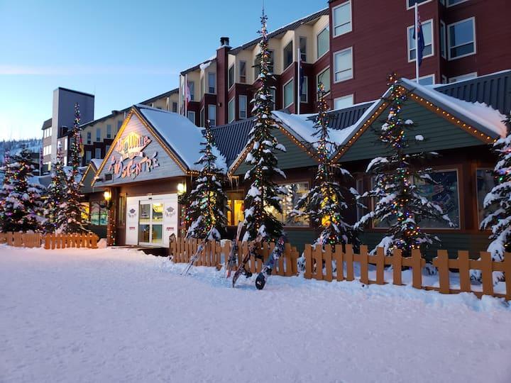 Big White Ski Resort Studio - Number 1 Location
