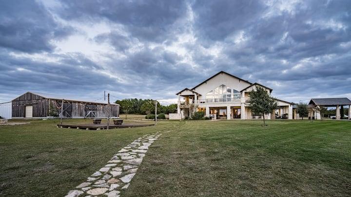Hill Country Barndominium @ Cricket Hill Ranch