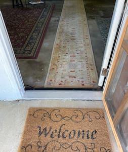 "Entrance 35"" wide"