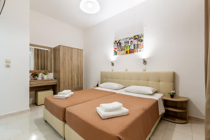 Villa Maroula-Apartment with Patio-Ground Floor