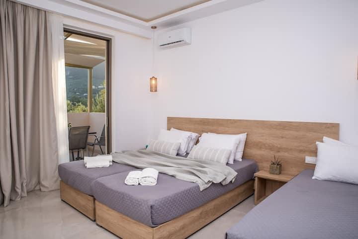 Aphrodite Studios -2 bedroom Apartment 5 guests