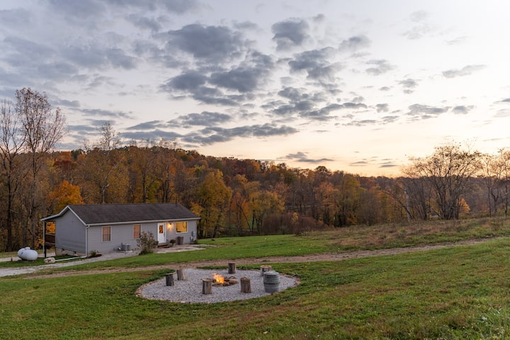 Beautiful, Stylish 3BR Next to Mohican.