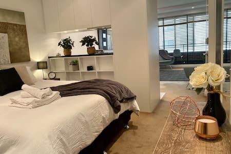 Easy access through apartment