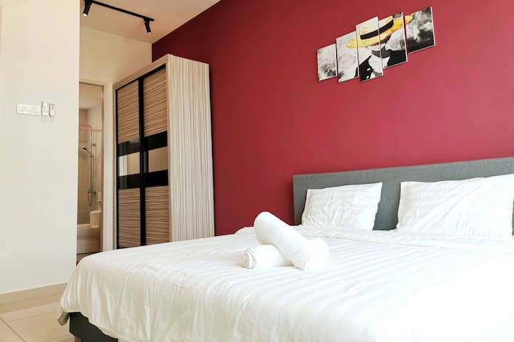 Master Bedroom - King Bed, Wardrobe & Private attached Bathroom