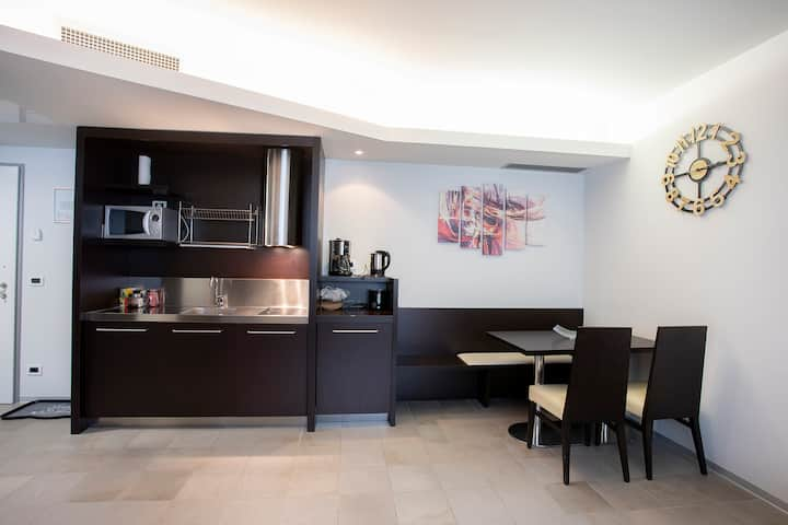 One bedroom apartment suitable for five persons