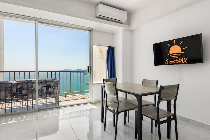 Suite c/balcon a pie de playa en la mejor Zona!