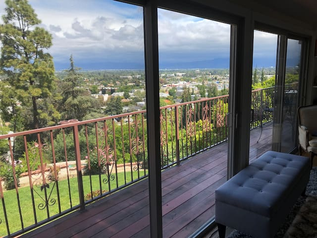 Romantic View Home Or Safe Family Spa Vacation