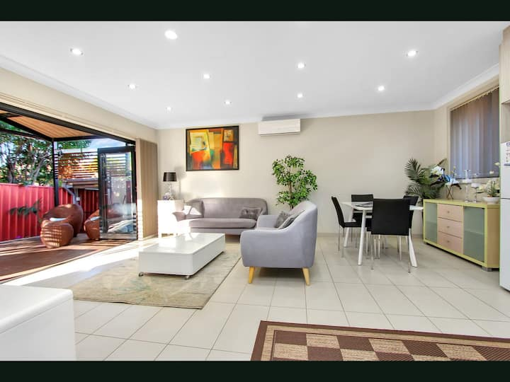 2 Bedroom Tranquility/Luxury  3xSecure Car Parking