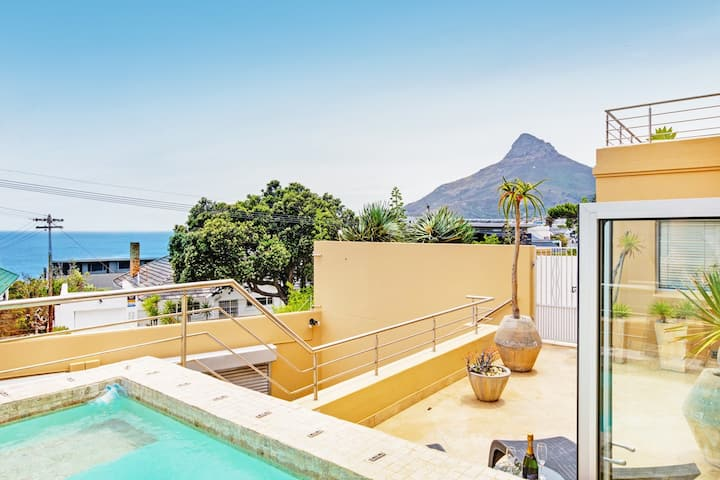 Camps Bay Beach Condo
