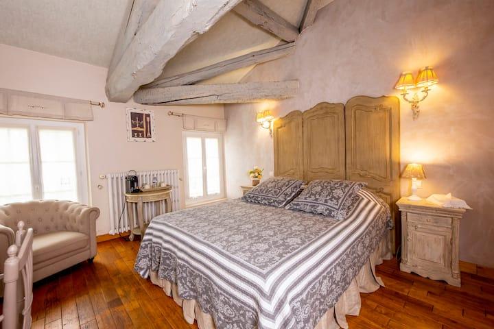 Chambre confort pour 2 personnes dans une demeure de charme proche Toulouse
