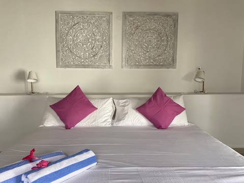 Movida Inn Aruba - Courttyard ViewAPT БЛИЗО ДО Палм Бийч