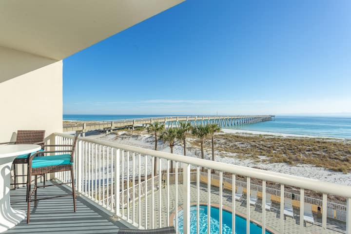 #203 Oceanfront,Pier,HeatedPool,Eat,Drink,HotTub.