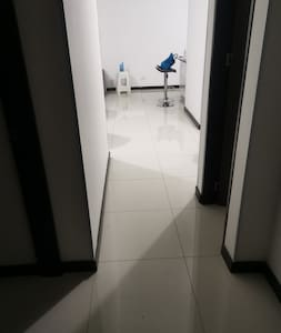amplio corredor