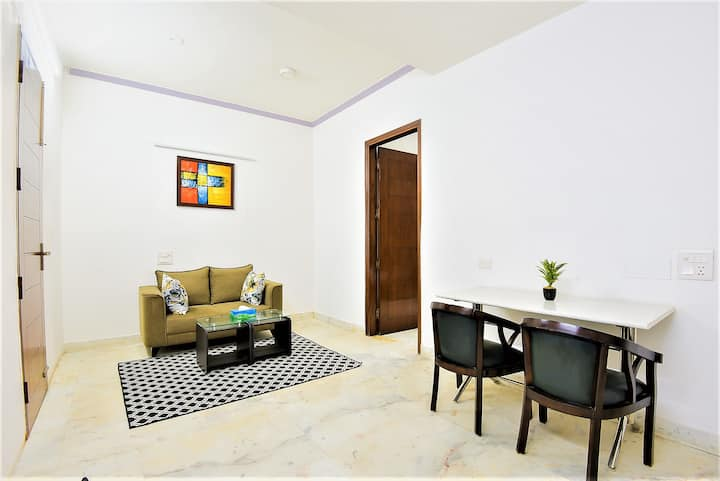 Private 1 Bedroom Apartment with Kitchen @ Noida