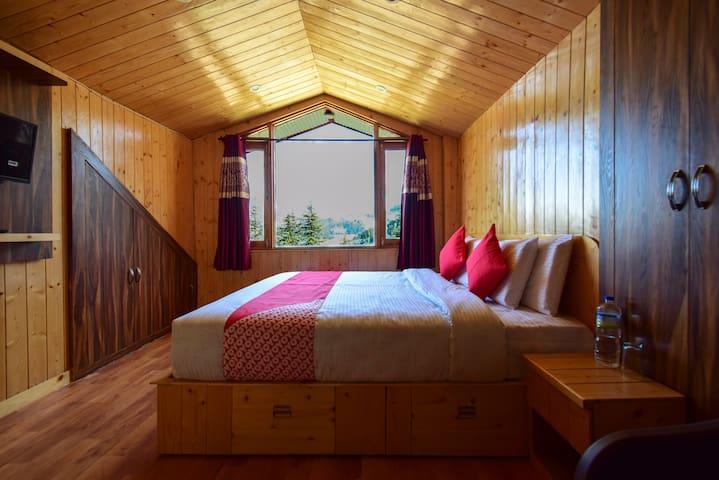 Kufri/Deluxe Room/Mountain View/Gulmarg Height Homestay