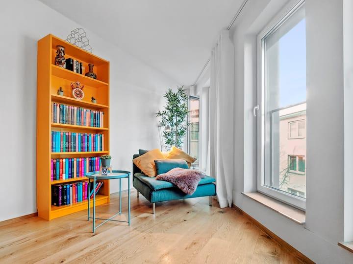 Modern Loft   10min City   Flexible Cancellation