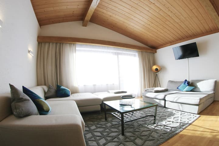 The Seefeld Retreat : Family Friendly Chalet/House