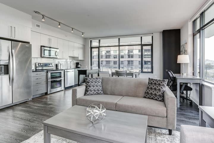 Luxury Living in Virginia Square