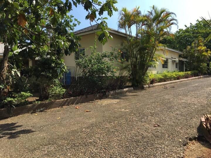 Brown Berry Gardens - 3 bdrm lush & spacious villa