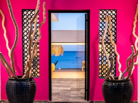 Villa Baya.Villa d'architecte les pieds dans l'eau