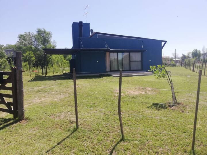 HERMOSA CASA 2 DORMITORIOS EN POTRERO DE GARAY