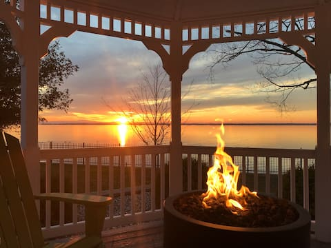 Sunset Vistas Vermont Lakefront The Bay House