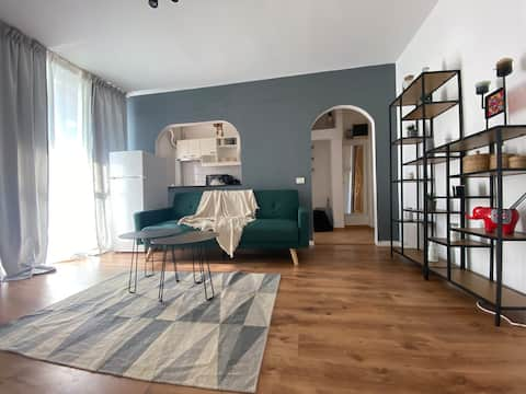 New Stylish Old Town Apartment