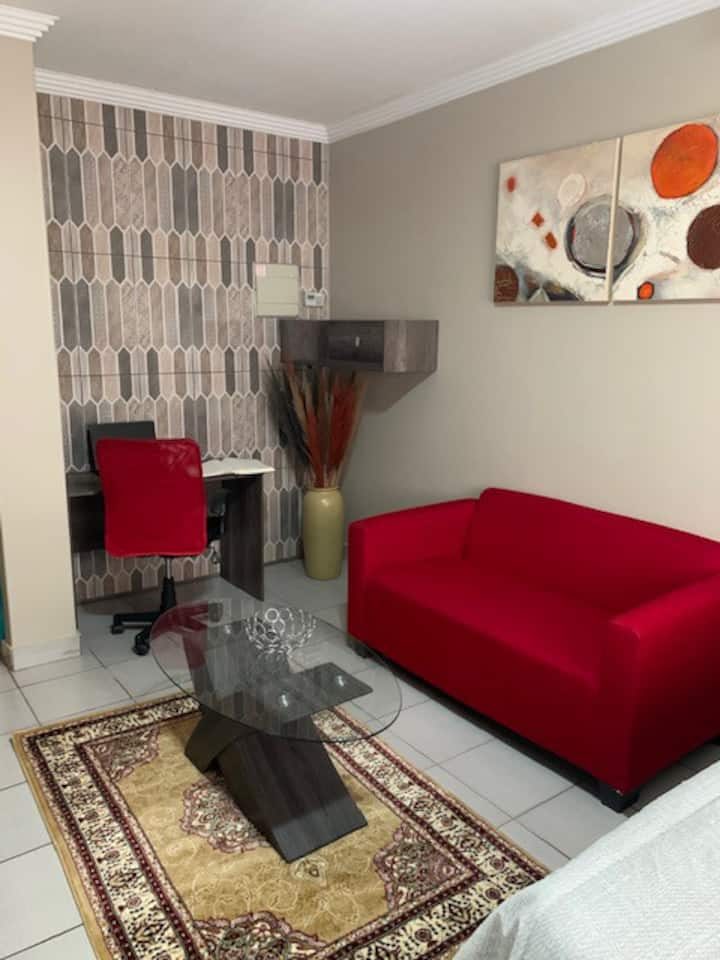 1 BR with WIFI in Midrand