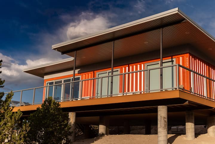 Salida Shipping Container w/ Epic Mountain Views!