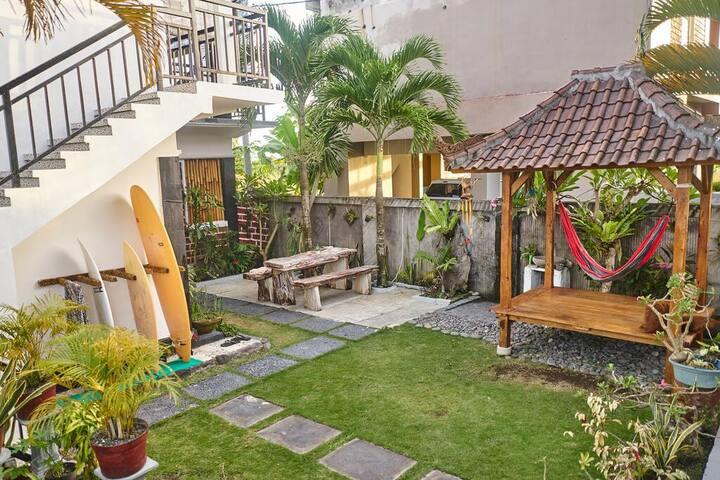Padi Surf Villa Medewi