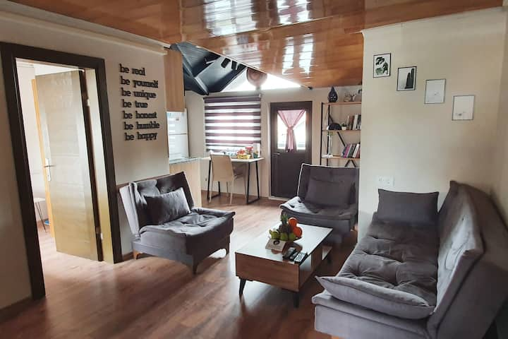 Arya Roof House Perfect Location Best Hospitality