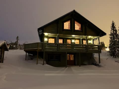 Stor fjällstuga i Bydalsfjällen Ski-in/Ski-out