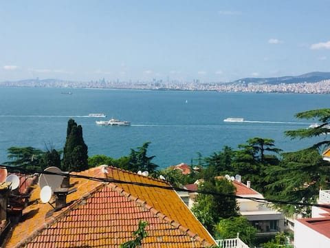 Apartamento especial con vistas al mar y amplio balcón