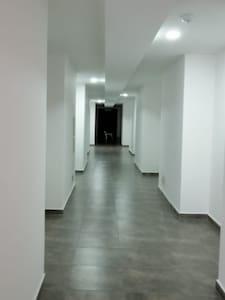 Luces automatizadas en los pasillos