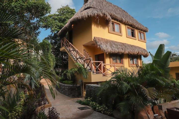 Black Sand En Villa Aloha