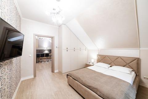 Stylish design apartment SWEETHOME-4.Free parking.