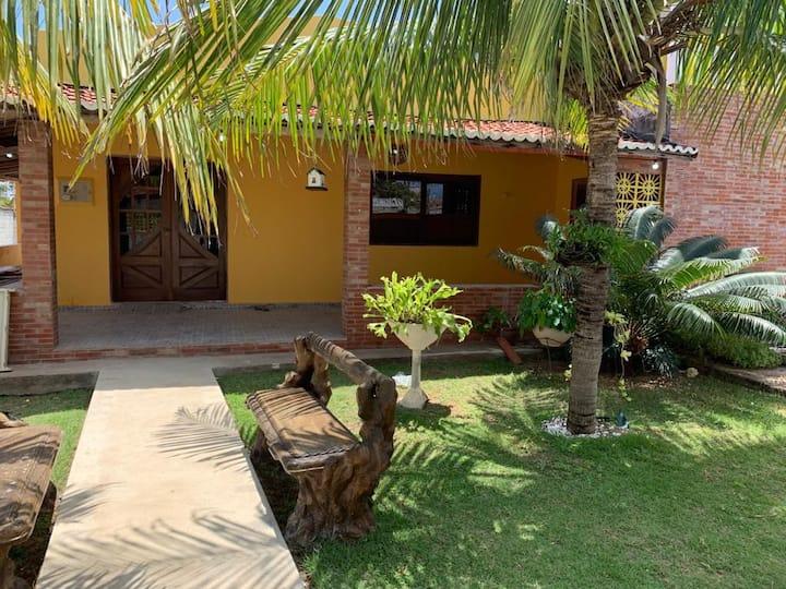 Casa de Praia Charmosa em Tabatinga a 100m do mar.