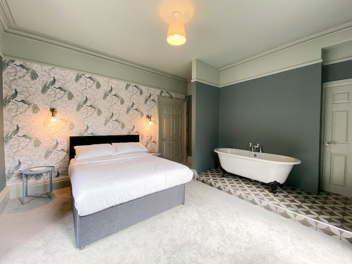 The Regency Ilfracombe - Suite Four