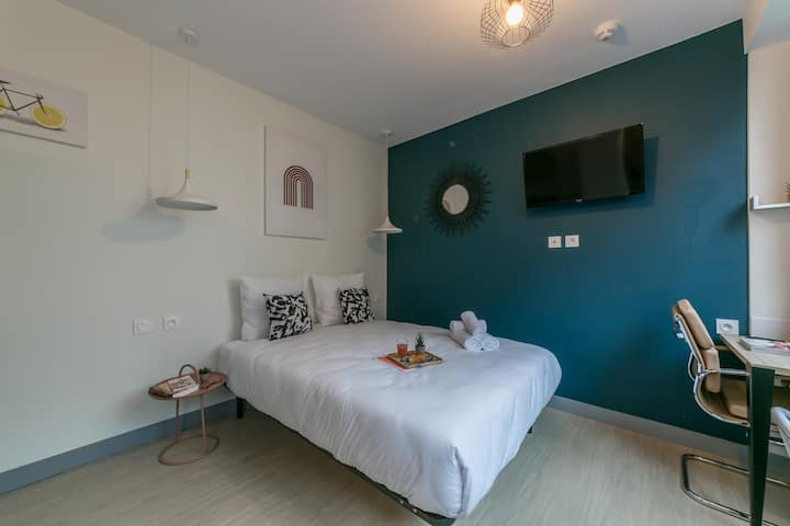 Tour Eiffel - Nicolo 23:  cosy apartment for 2