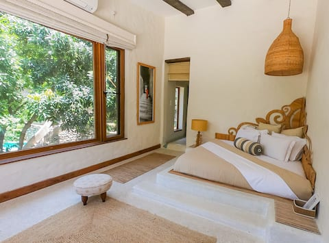 Expansive Himalayan view suite with all meals