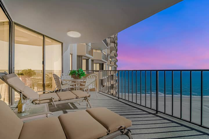 Highly Sought After Maison Sur-Mer Oceanfront