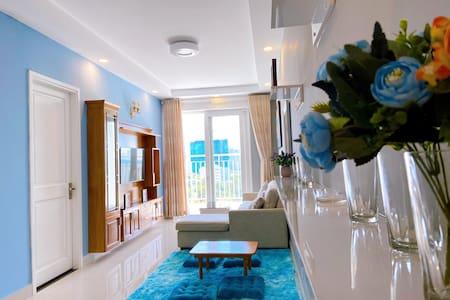 | TITAN  | Melody Vung tau, Luxury homestay