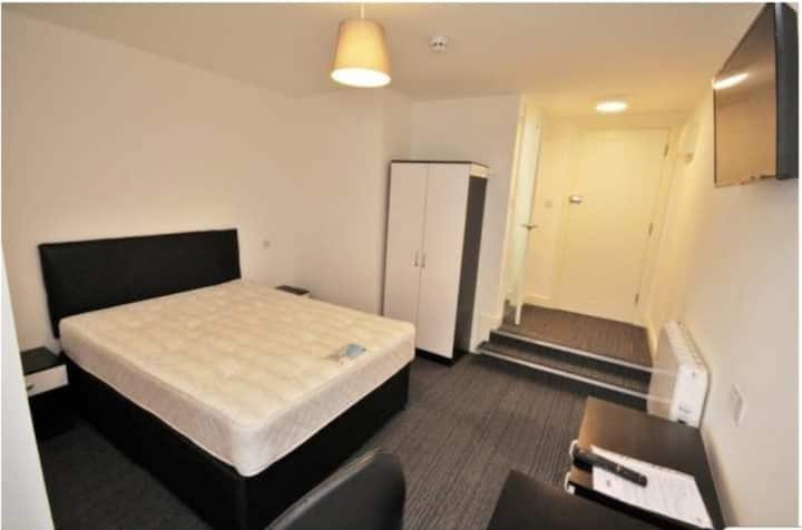 Modern City Centre Studio With Secure Parking