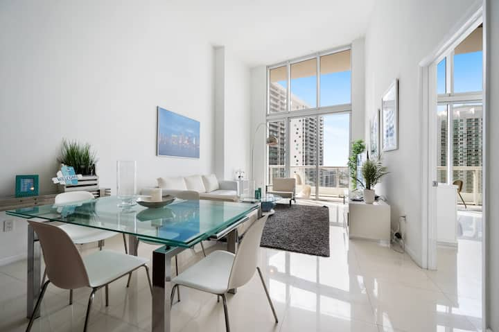 ICON BRICKELL • HIGH CEILING • BEAUTIFUL CITY VIEW