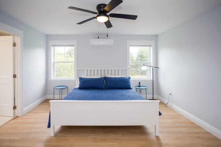 Master bedroom - King size bed, large walk-in closet, dresser, ensuite bath