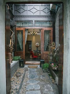 传统建筑双开门,入口尺寸1.2米