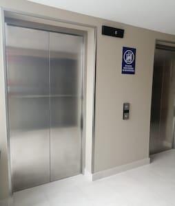 Přístup kvenkovnímu vchodu bez schodů