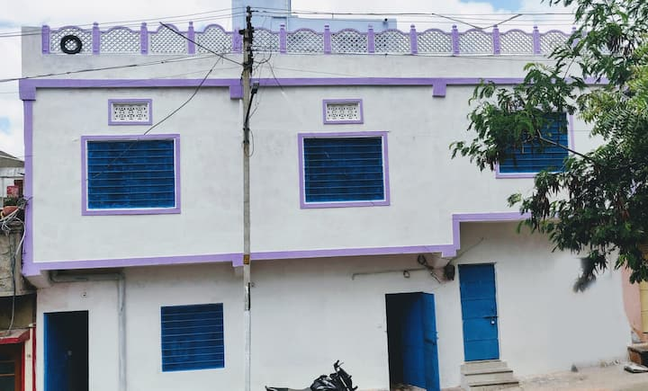 Ashish guest house and executive studio apartments