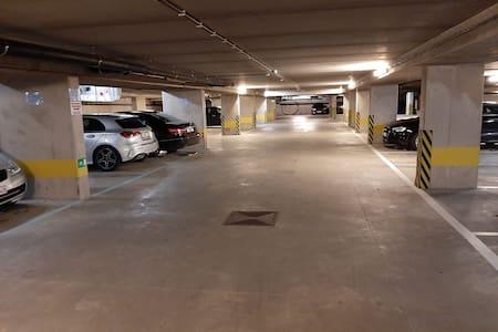 Garage éclairé en tous temps