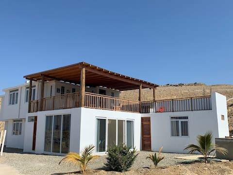 Casa Keo Keo, amplia terraza con piscina